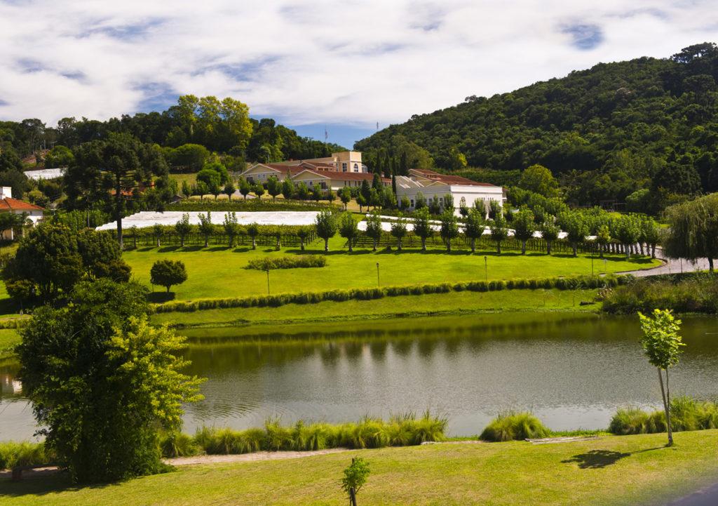 Jardins do Hotel Villa Michelon, local onde o Despertar do Vale será realizado